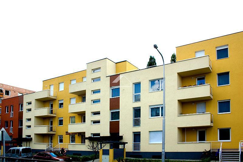 Nádor-Ház - 32 lakásos társasház építése