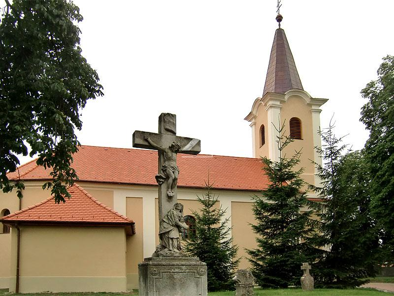 Templom felújítás Győrsövényház